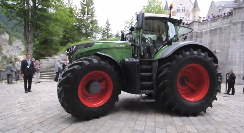 Fendt 1050 Vario The currently most powerful standard ...